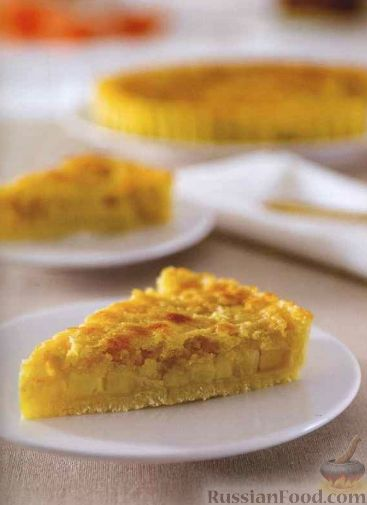 Картофельный пирог с яблоками и миндалем