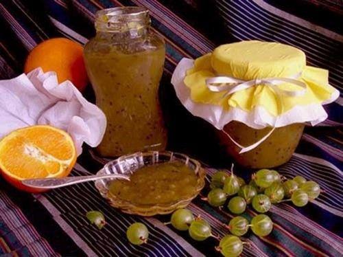 Крыжовник, протертый с апельсинами