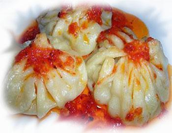 Манты с начинкой из баранины по-казахски