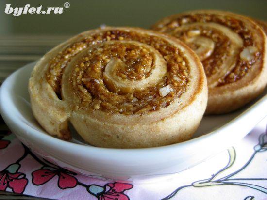 Печенье с инжиром, орехами и медом