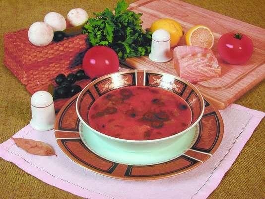 Пикантный суп с осетриной