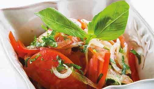 Салат из балыка с редисом и сельдереем