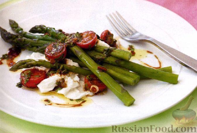 Салат из птицы со спаржей и шиитаке