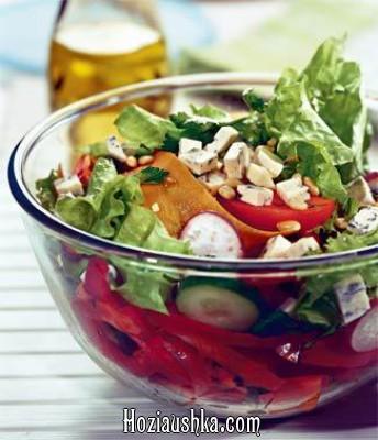 Салат из сельди и свежих овощей
