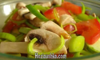 Салат из семги с шампиньонами