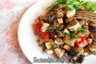 Салат из судака с баклажанами