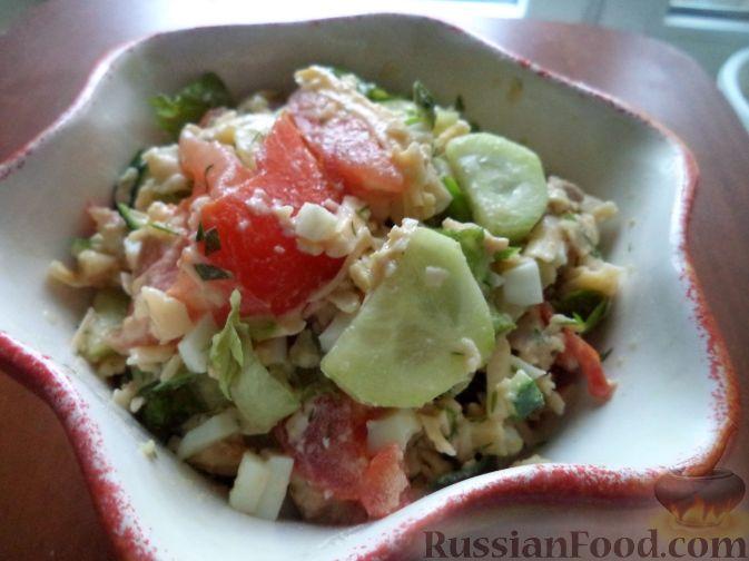 Салат из трески с тофу и пряной зеленью