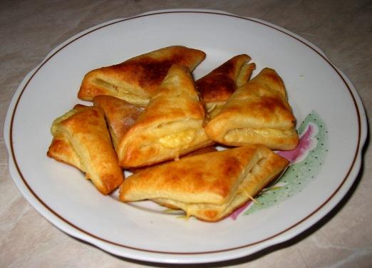 Слоеное печенье с сыром