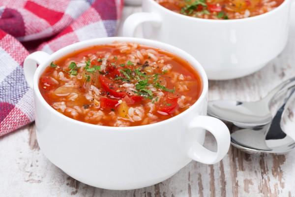 Суп томатный с рисом