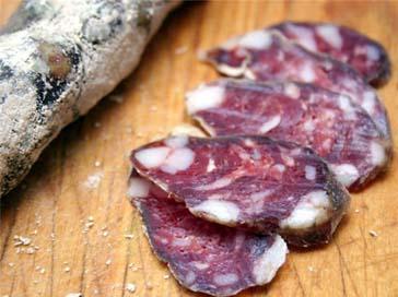Свиная колбаса со шпиком