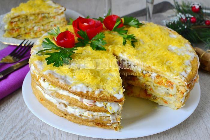 Торт закусочный с рыбными продуктами