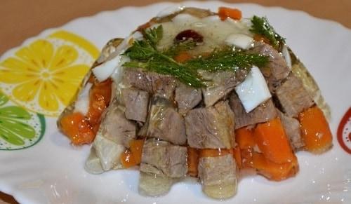 Заливные колобки из говядины или свинины
