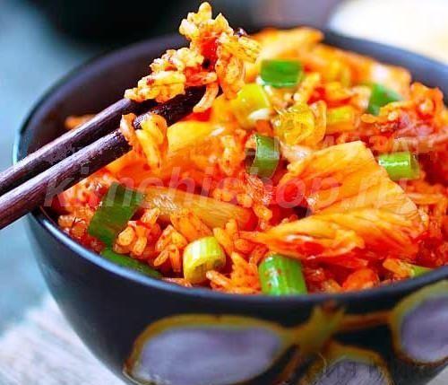 Жареные овощи с морской капустой и тофу
