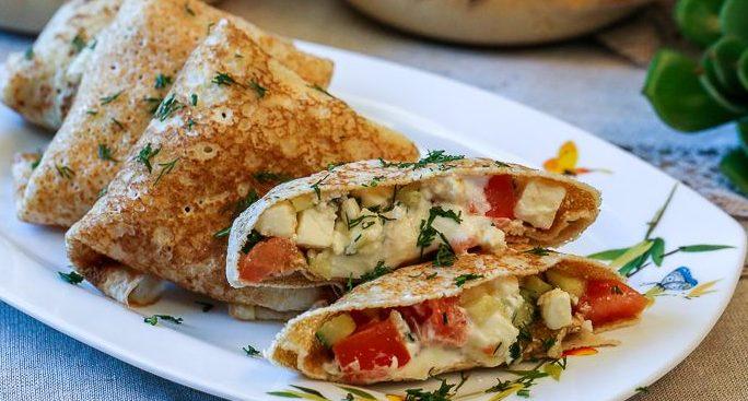 Блинчики с брынзой или сыром Фета